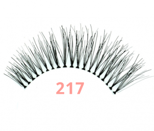 Red Cherry Wimpern 217 Trace Test