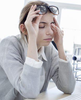 Wimpernverlängerung Augenreiben